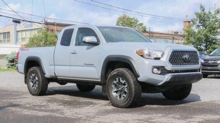 2018 Toyota Tacoma V6 4X4 AUTO | TRD OFF ROAD - A/C AUTO - COMME NEUF                    à Longueuil