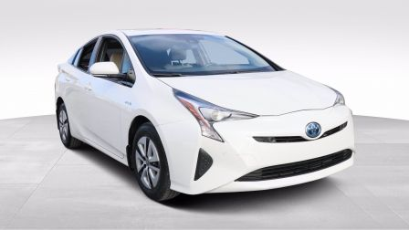 2017 Toyota Prius HYBRIDE - SIEGES ELECTRIQUE - HEAD UP DISPLAY                    à Saguenay