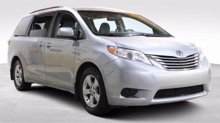 2016 Toyota Sienna LE AUTO AC GR ELECT 8 PASSAGERS CAM DE RECULE                    à Drummondville