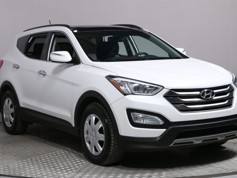2015 Hyundai Santa Fe (at 49 km from Saint-Hyacinthe)