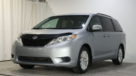 2014 Toyota Sienna LE**7 PASSAGERS**SIEGES CHAUFFANTS**A/C**                    in Terrebonne
