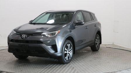 2016 Toyota Rav 4 LE                    à Vaudreuil
